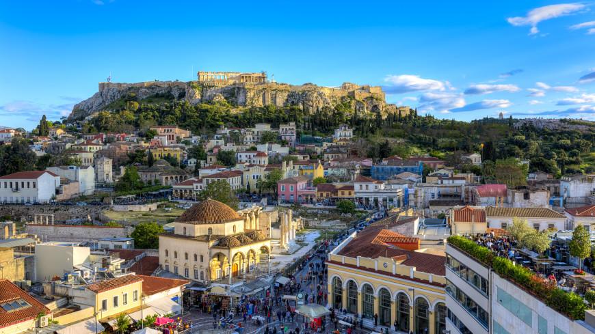 Комендантский час и ношение масок на улице отменяют в Греции