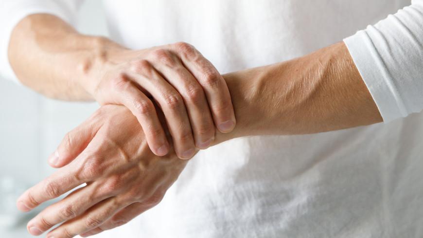 Предвестники артрита: названы ранние симптомы опасного заболевания