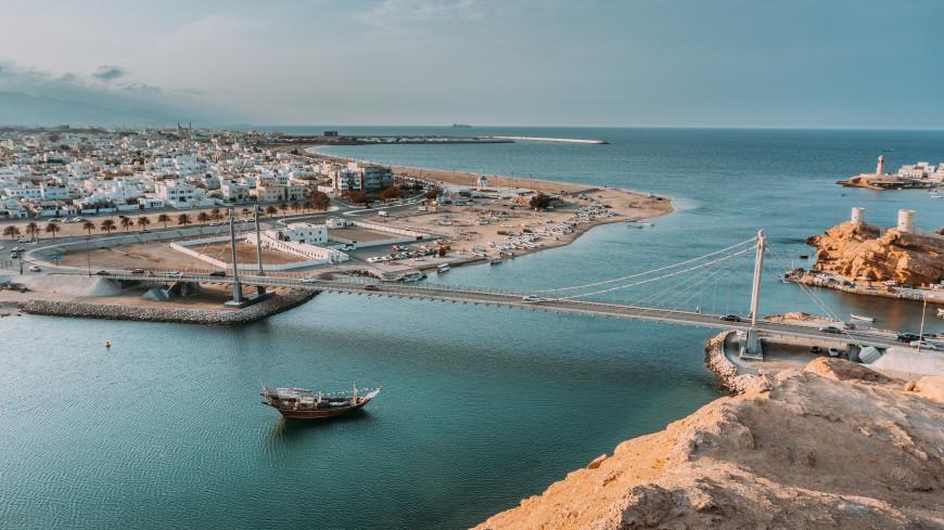 Корабль ВМС Ирана затонул в Оманском заливе