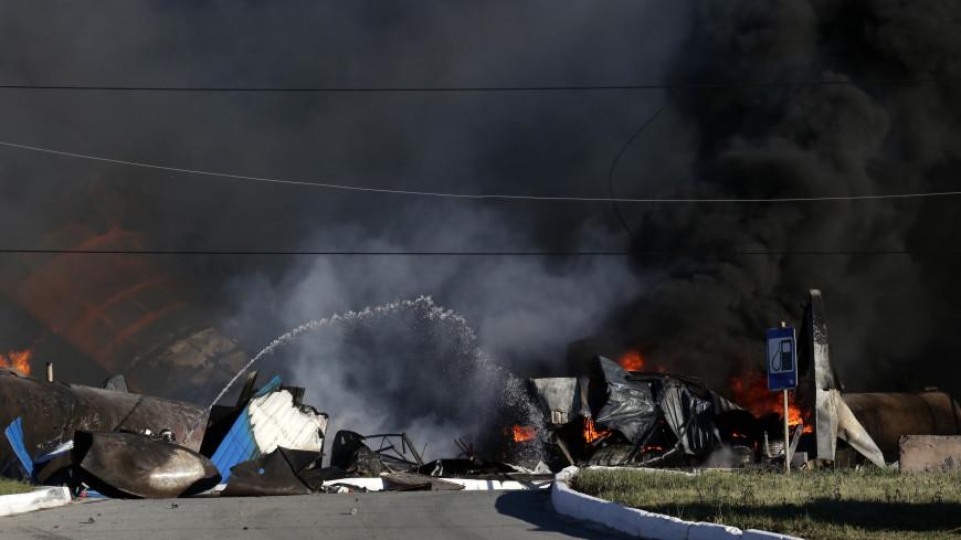 «Взрывной волной его бросило на трамвайные пути»: очевидцы – о пожаре на АЗС в Новосибирске