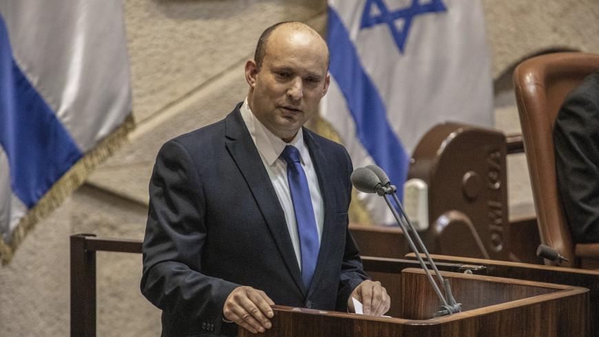 Главные новости за ночь: новый премьер Израиля, технология для воссоздания снов и старая любовь Джоли