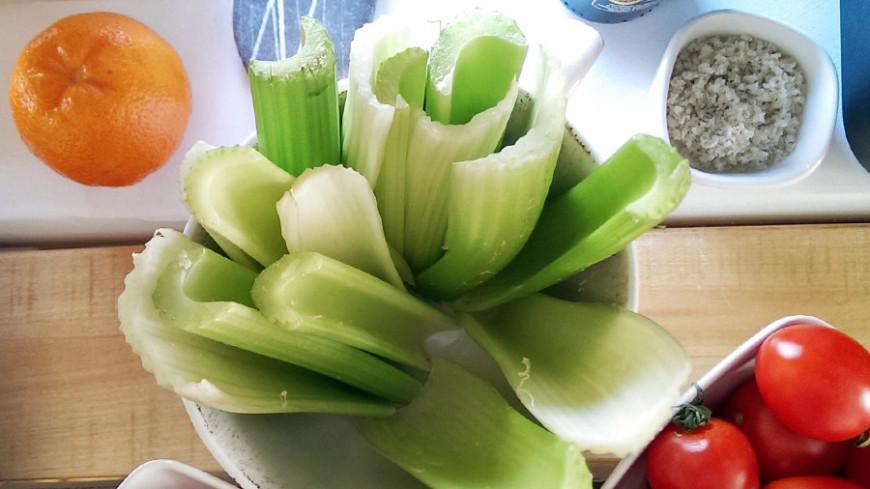 """©  Фото: Елизавета Шагалова, """"«Мир24»"""":http://mir24.tv/, вегетарианство, овощи, сельдерей"""
