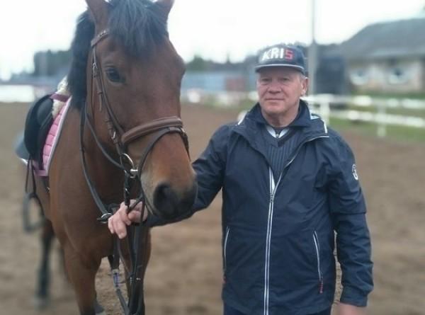 СМИ узнали причину гибели олимпийского чемпиона по конному спорту Блинова