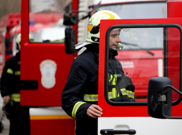 В Татарстане потушили пожар на птицефабрике