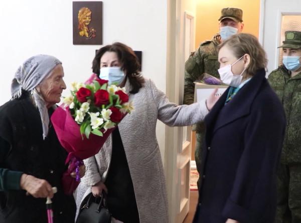 Артисты поздравили жен военнослужащих с 8 Марта в Самарской области