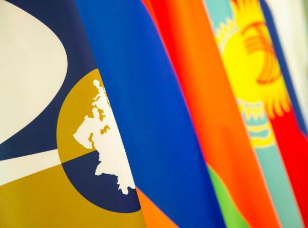 Ушли в онлайн: таможни в ЕАЭС освободили от излишней бумажной работы