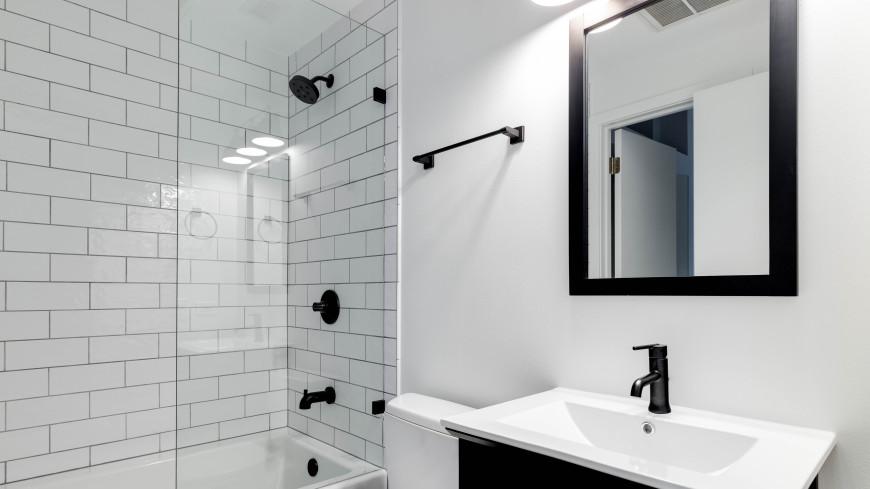 Жительница Нью-Йорка нашла за зеркалом в ванной еще одну квартиру