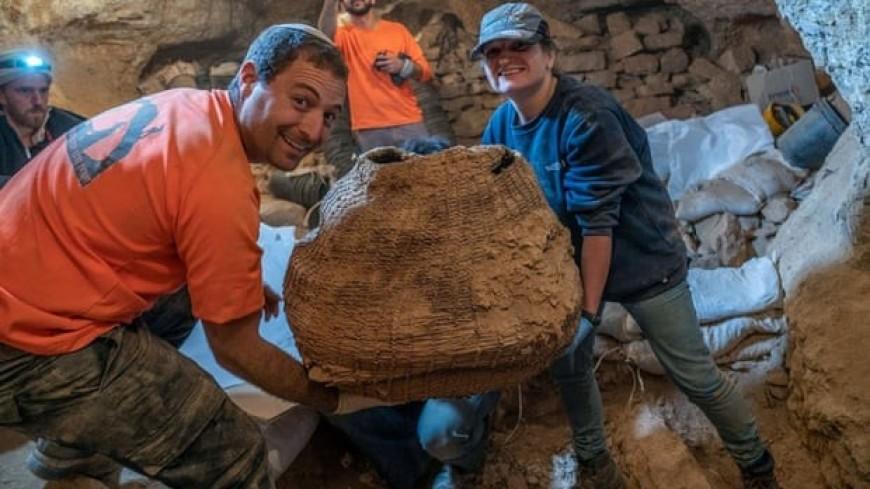 В израильской пещере нашли самую старую в мире корзину