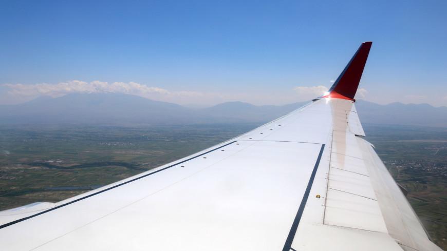 Под крылом самолета,самолет, крыло, полет, взлет, в небе,