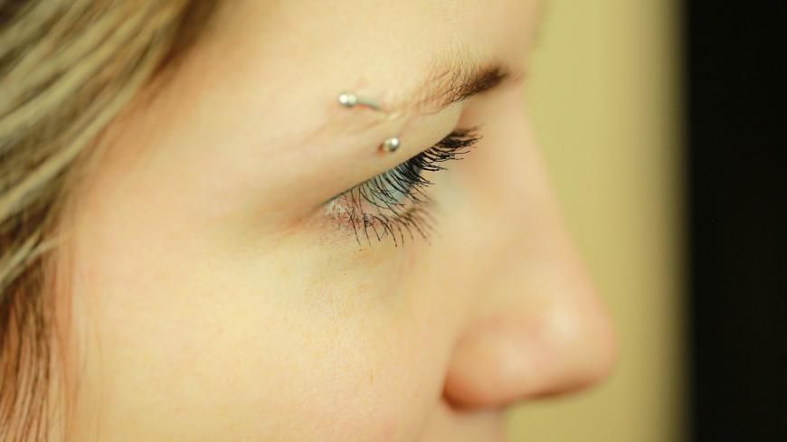 Эксперт рассказал об опасности глазного тика