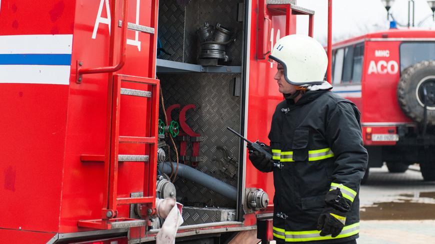 В Ярославле потушили пожар на нефтеперерабатывающем заводе