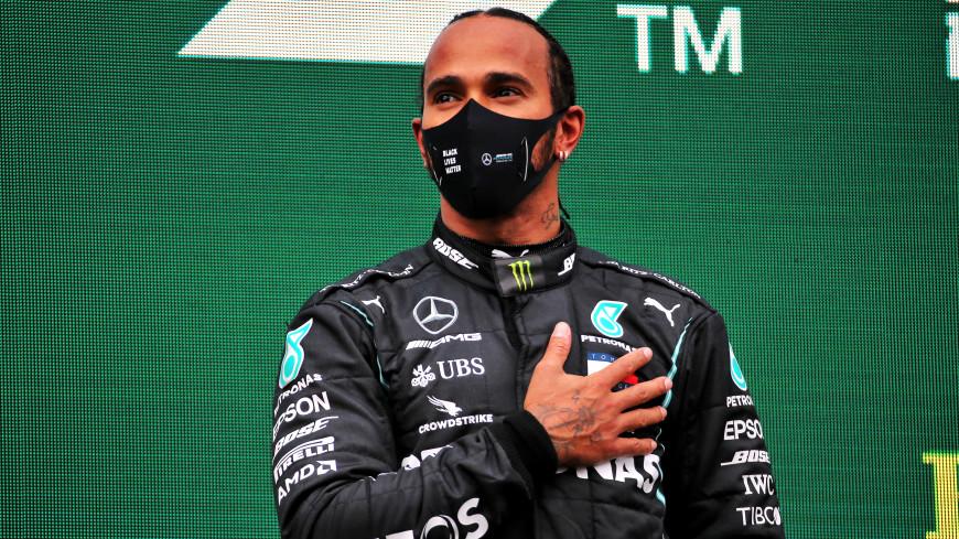 Хэмилтон выиграл Гран-при Бахрейна, Мазепин попал в аварию и сошел