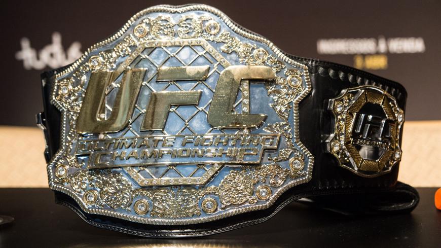 «Сюрприз»: Рекордсмен UFC Чимаев объявил о возвращении