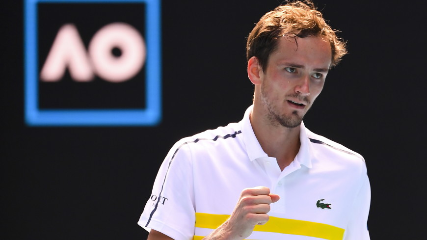 Медведев вышел в четвертьфинал турнира ATP в Майами