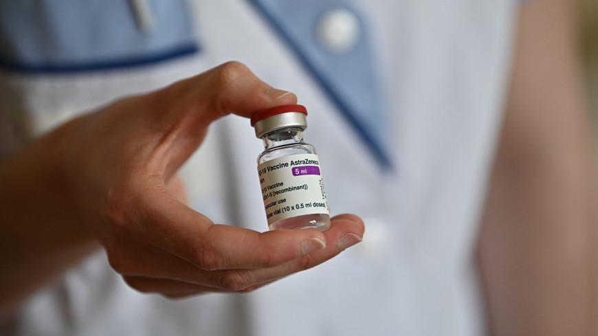 В Грузии еще один врач попал в больницу после прививки AstraZeneca