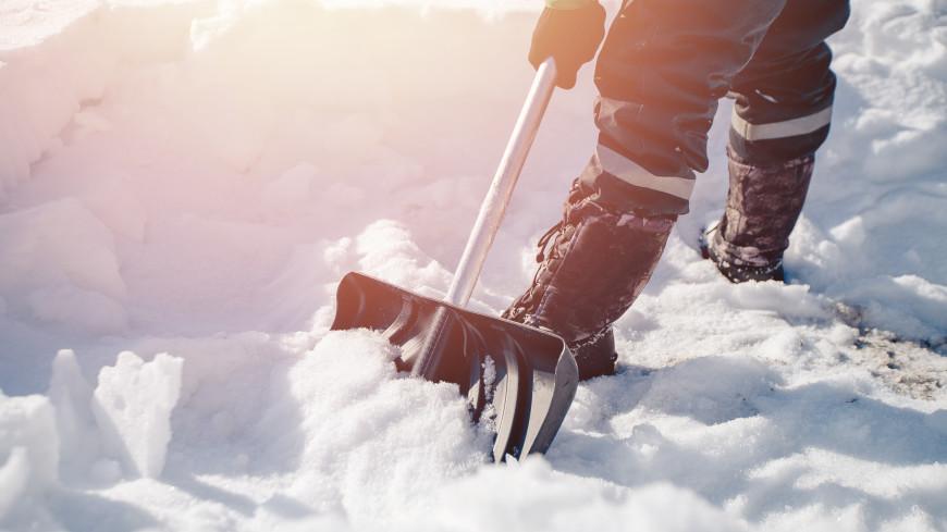 Сумасшедшая весна: Чукотку атаковал ураган, на Камчатке лавины, Сахалин во власти снегопада