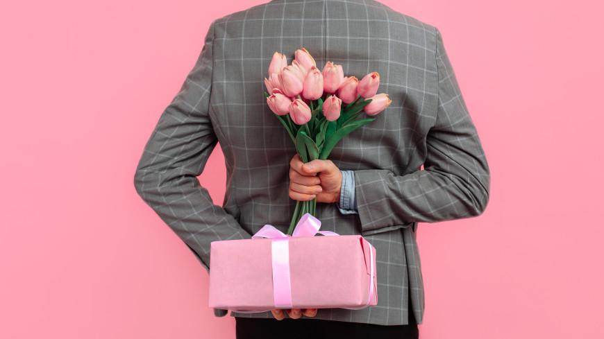 Психолог назвала подарки на 8 Марта, которые могут расстроить женщин