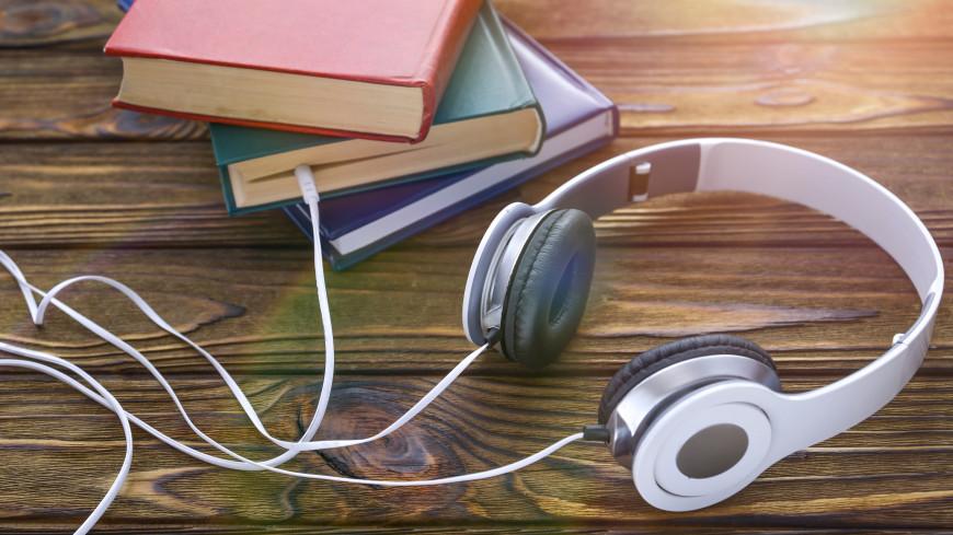 Агата Кристи возглавила рейтинг самых популярных авторов аудиокниг у россиянок