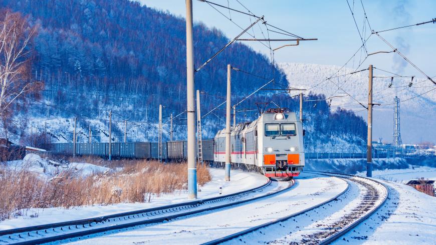 В Новосибирске женщина попала под поезд и выжила