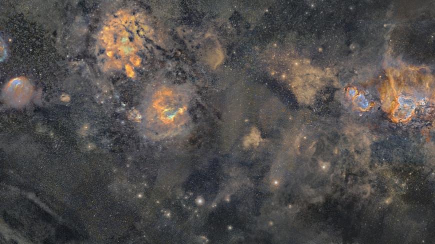 Фотограф сделал подробную панораму Млечного пути за 12 лет (ФОТО)