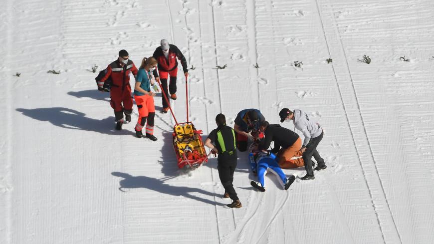 Олимпийский чемпион по прыжкам с трамплина введен в кому после неудачного падения