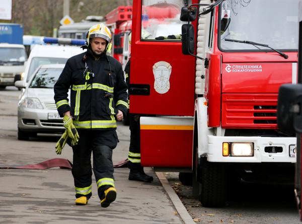 Два подростка погибли при пожаре в Ленинградской области