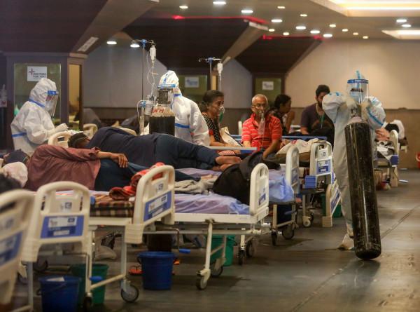 Вторая партия российской вакцины «Спутник V» доставлена в Индию