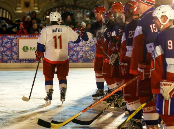 Путин назвал Ночную хоккейную лигу ярким брендом современной России