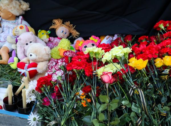 День траура: в Волгограде простились с погибшими в ДТП детьми