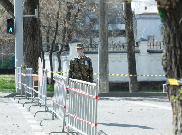 Коронавирус в СНГ: праздничные ограничения в Казахстане, реабилитационные программы в Беларуси