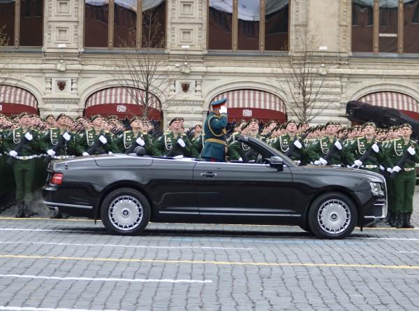 Чеканный шаг, грозная техника: на Красной площади прошел парад Победы (ФОТО)