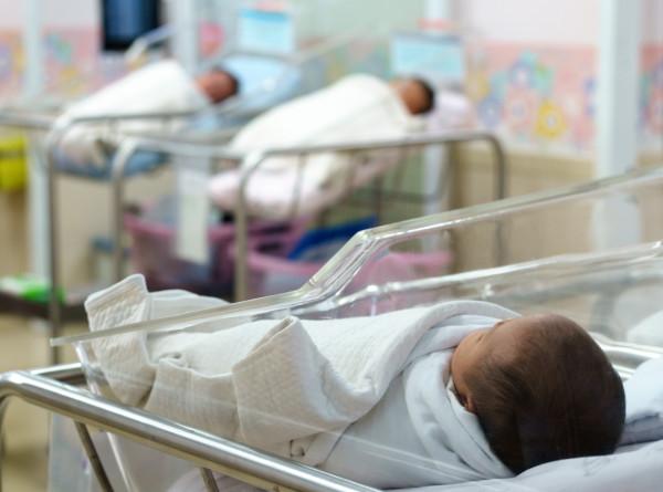 Жительница Мали родила девять детей за один раз