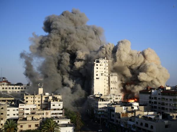 Армия Израиля: Из сектора Газа было выпущено не менее 1,6 тыс. ракет