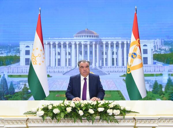 Эмомали Рахмон поздравил с Ураза-байрамом президентов Казахстана и Узбекистана