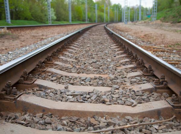 В США поезд с соляной кислотой сошел с рельсов
