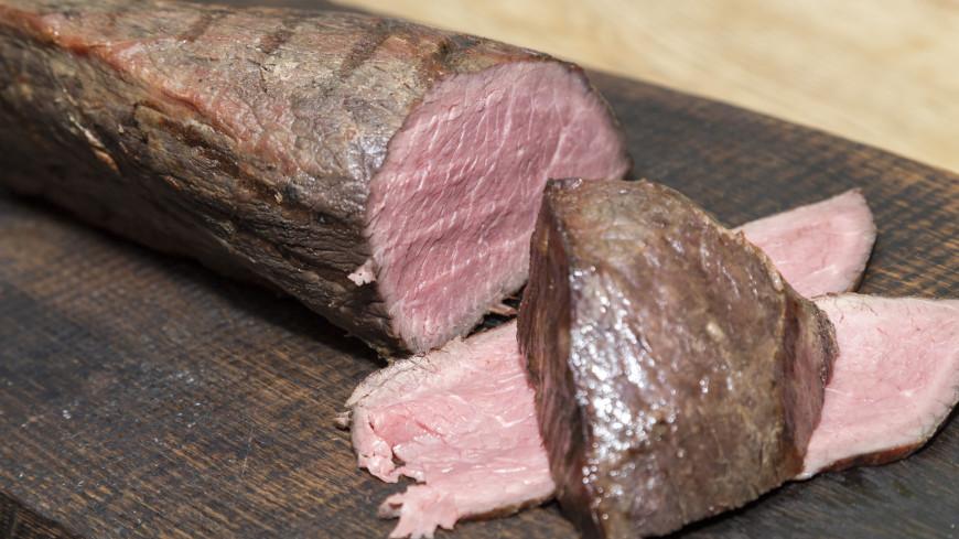 Иеромонах порекомендовал постившимся съесть на Пасху небольшой кусочек мяса