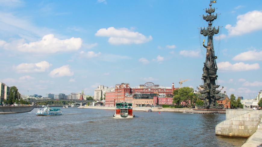 москва, город, улицы, прогулка, столица, мегаполис, река, москва река, теплоход, судно, вода, набережная, речная прогулка, флотилия, флотилия рэдиссон,