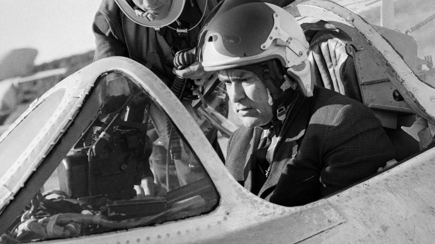 Человек-легенда: 105 лет назад родился летчик Алексей Маресьев