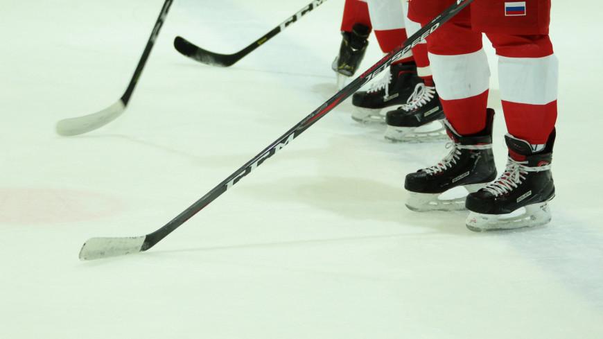 Российский вратарь Кочетков подписал контракт с клубом НХЛ