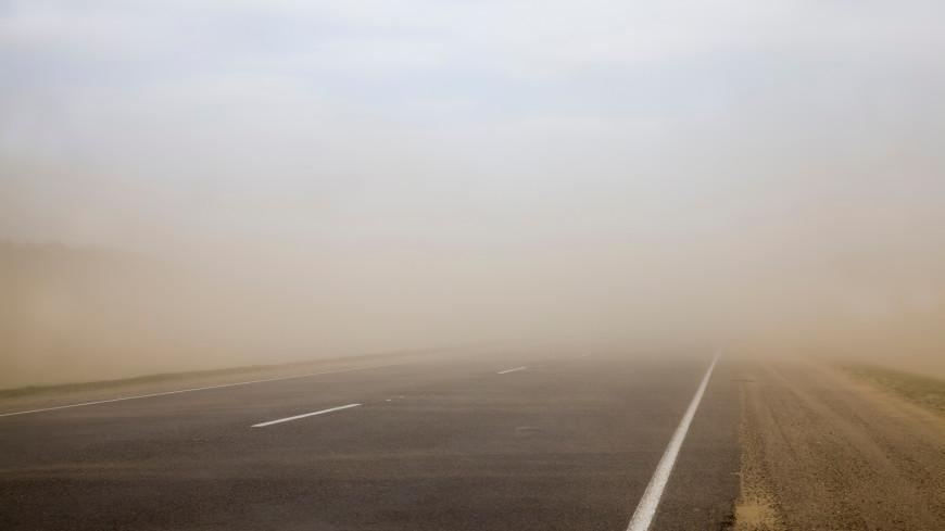 Пыльный апокалипсис: Астрахань накрыла пыльная буря, есть пострадавшие