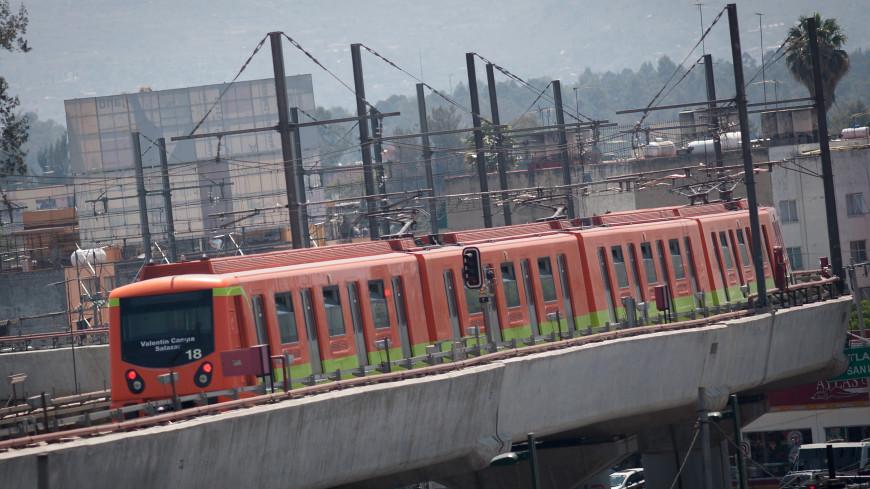 В метро Мехико пустили тестовые поезда по линии, где обрушился мост