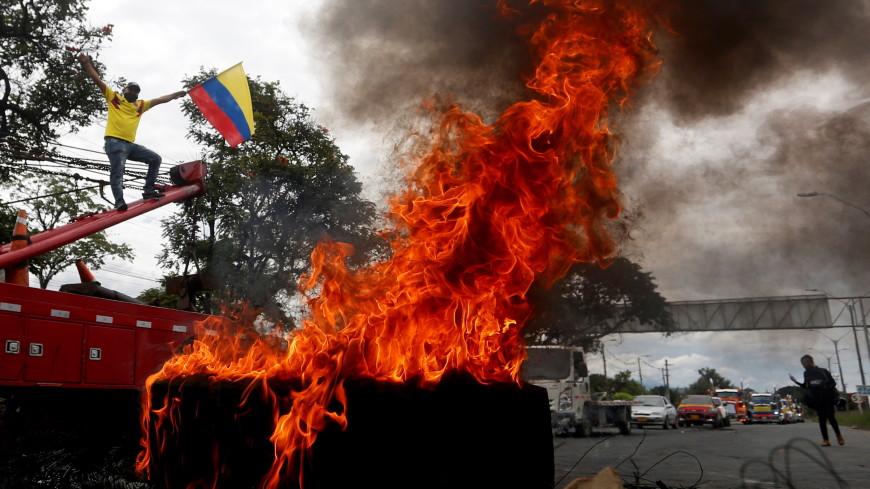 Более 840 человек пострадали во время беспорядков в Колумбии