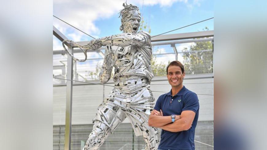 Спортдайджест: Надалю посвятили статую, «Барселона» предложила Месси контракт на 10 лет, лучший бейсболист Кубы сбежал в США