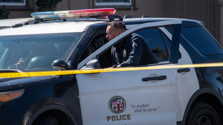 В Калифорнии неизвестные обстреляли автобус: двое погибли, пятеро пострадали