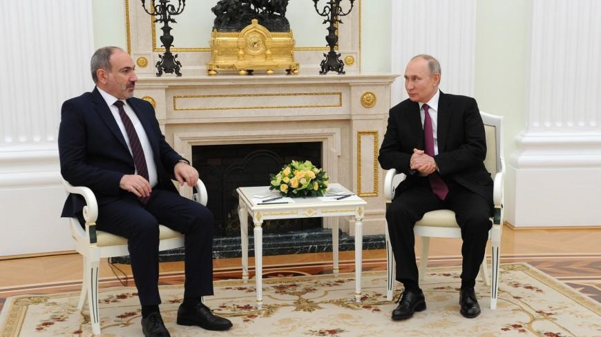 Путин и Пашинян обсудили по телефону ситуацию на армяно-азербайджанской границе