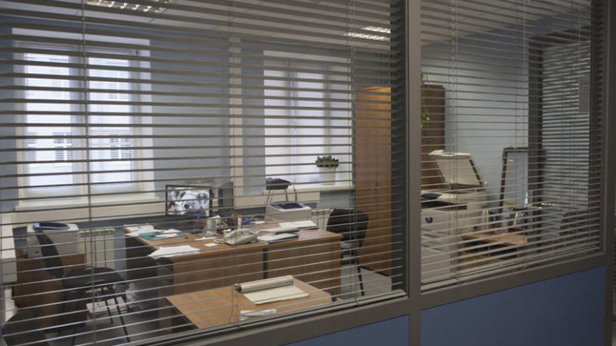 "Фото: Алан Кациев, ""«МИР 24»"":http://mir24.tv/, кабинет, офис, жалюзи"