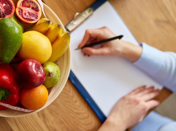 Диетолог перечислила продукты для очищения организма