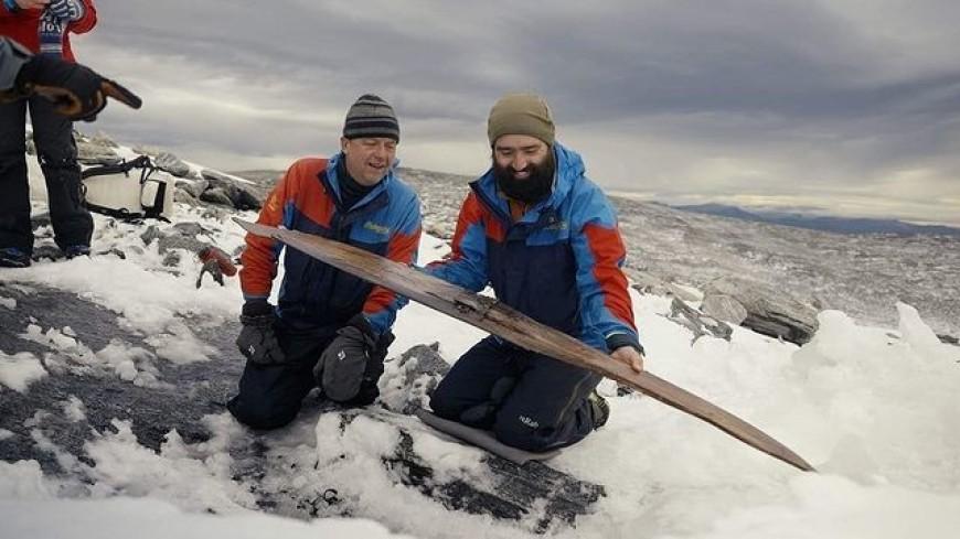 В Норвегии обнаружили древние лыжи возрастом 1300 лет