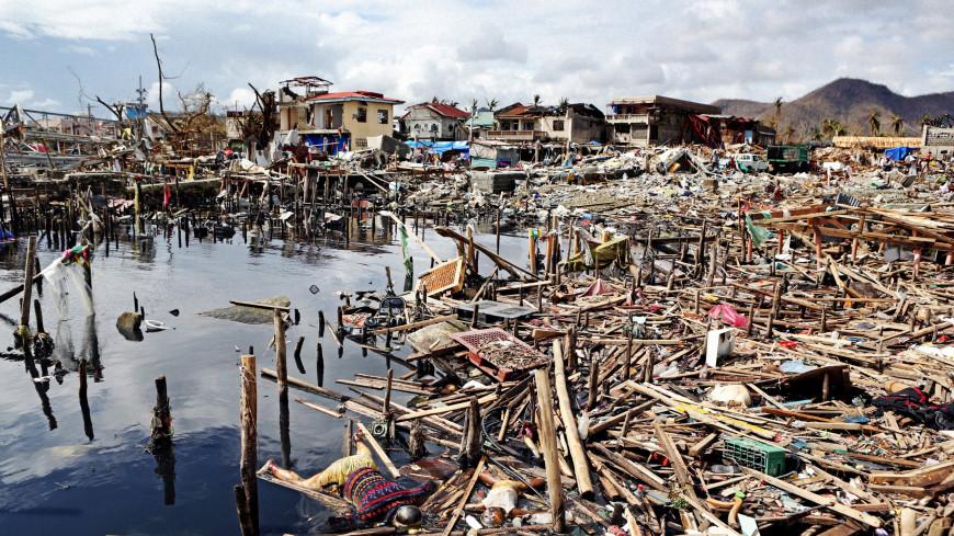 Число жертв тайфуна «Компасу» на Филиппинах выросло до 30 человек