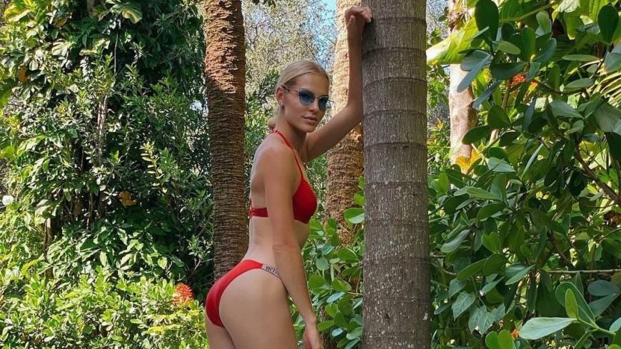 «Просто огнище»: легкоатлетка Клишина в красном бикини поразила поклонников
